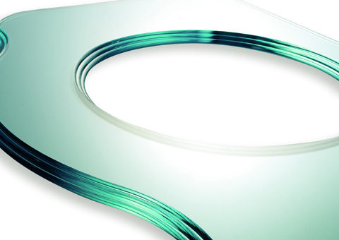 https://www.teknika-cz.cz/wp-content/uploads/2020/05/114_394_intermac_glass_master_43_example_of_peripheral_polished_edging.jpg